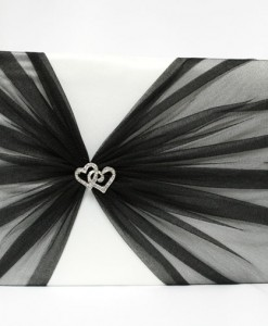 b-W-twin-heart-brooch