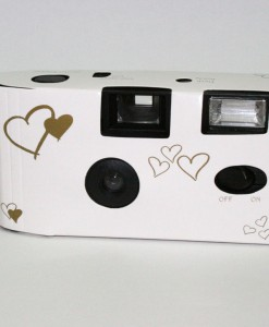 disposable-gold-heart-camera