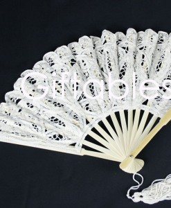 lace-fan-ecru
