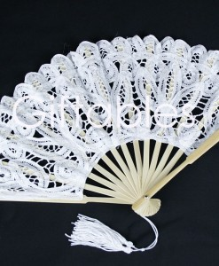 lace-fan-white