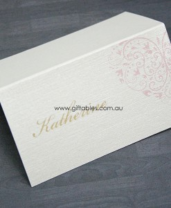 place-cards-hearts-desire