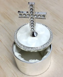 round-trinket-box-with-cross
