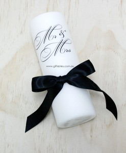 wedding-candle-mr_-&_mrs