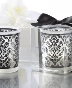 337282-damask-tealight-holder