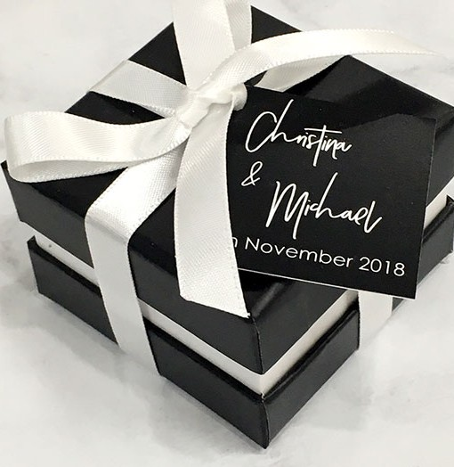 Personalised-Favour-Box-With-Ribbon-2