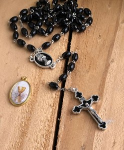 Rosary-Beads-Communion-Black