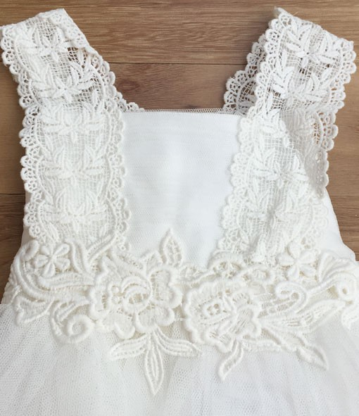 bebe-sl-lace-dress-3