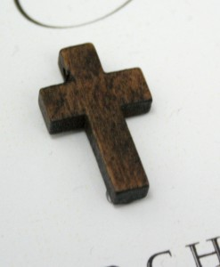 dark-timber-cross-embellishment