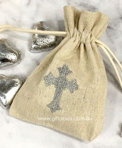 favour-bag-hessian-silver-cross