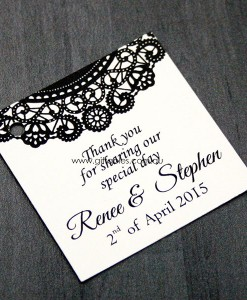 favour-tag-doily-black