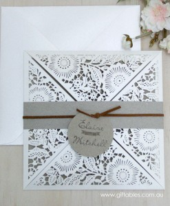 rustic-charm-laser-cut-invie-1