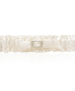 wedding-garter-satin-ivory-buckle